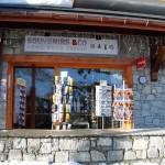 Façade du magasin Souvenirs & Co
